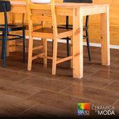 Obtén tus pisos únicos e inigualables con Cerámica Sapelli Brown Brillo. Ideal para su uso interior y hermoso acabado. ¿Qué esperas para tenerla?  Cotízala ahora en www.rialto.ec  #Rialto #CerámicasRialto #pisos #paredes #cerámica #porcelanato #hogar #decoración #homedesign #interiordesign #diseñodeinteriores #Ecuador