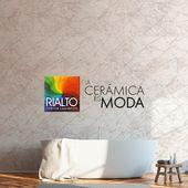 ¿Quieres tener un baño así de elegante? Hazlo realidad con cerámica Kristal, en sus tonalidades Black o Light.  Encuentra nuestros productos en todos los locales Kerámikos a nivel nacional.  #Rialto #CerámicasRialto #Ecuador #decoración #homedesign #interiordesign #diseñodeinteriores